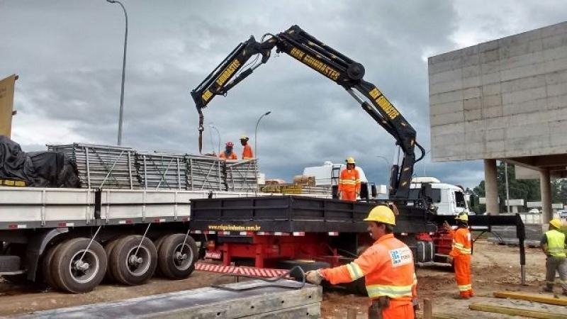 Locação de Caminhão Munck com Operador Valor Pacaembu - Locação de Caminhão Munck com Operador