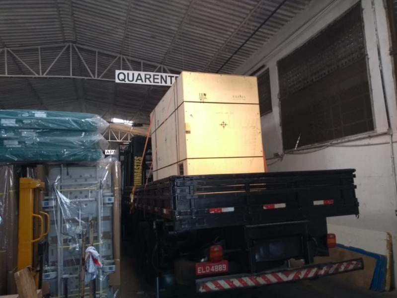Locação de Caminhão Munck para Container Preço Bairro do Limão - Locação de Caminhão Munck com Operador