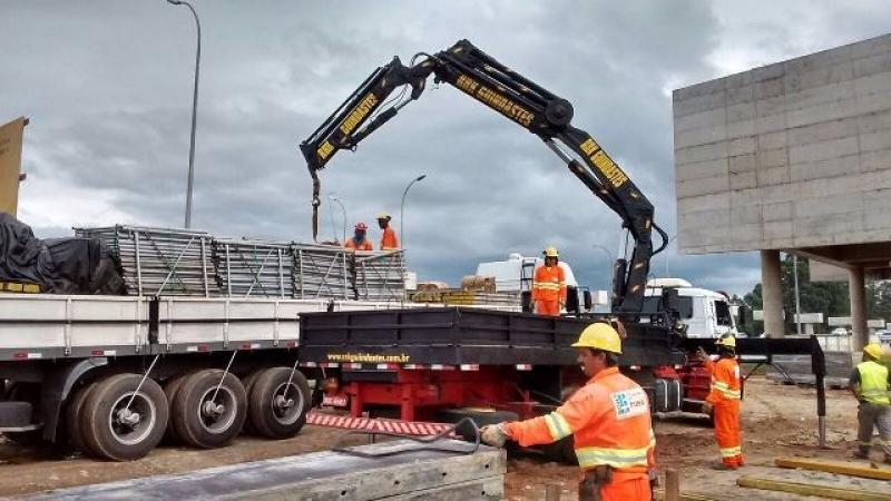 Onde Encontro Locação de Guindaste para Construção Civil Campo Belo - Locação de Guindaste com Operador