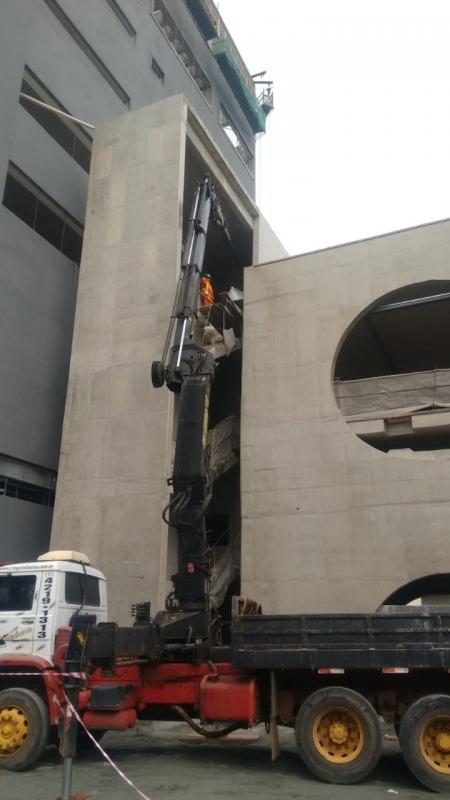 Remoção de Máquinas Dobradeiras Jardins - Transporte e Remoção de Máquinas